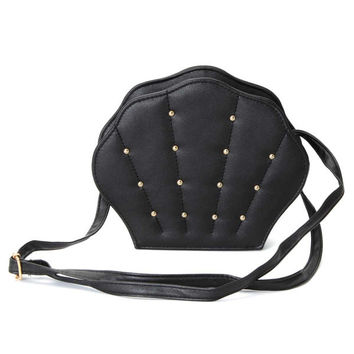 Women Scallop Shape Rivet Crossbody Bags Vintage Casual Shoulder Bags