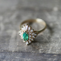 Art Deco Diamond and Emerald Ring, Statement Vintage Jewelry, Emerald Engagement Ring, Art Deco Engagement Ring, Antique Engagement Ring