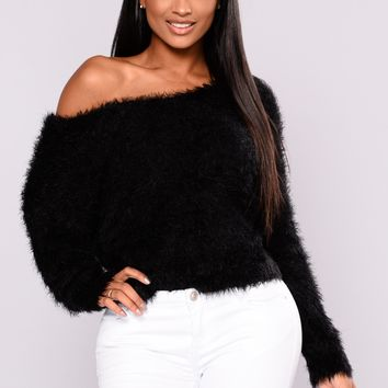 Vanity Fairest Fuzzy Sweaters - Black