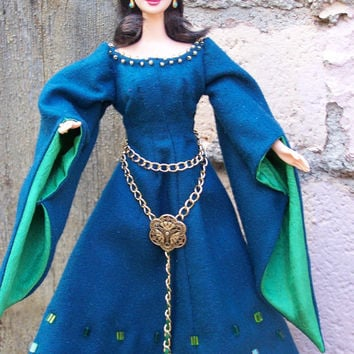OOAK Lady Macbeth medieval historical gown and plaid for Barbie