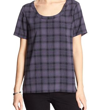 Banana Republic Factory Shirttail Tee