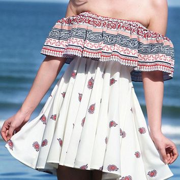 Streetstyle  Casual Off Shoulder Flounce Printed Fascinating Shift Dress