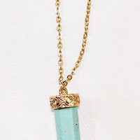 TURQUOISE CRYSTAL STONE NECKLACE