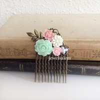 Mint Green and Pink Wedding Hair Comb Bridal Head Piece Floral Bridesmaid Comb Gift Pastel Pink Green White Flower Hair Pin Soft Romantic