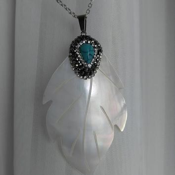 Shell Leaf Statement Pendant Necklace