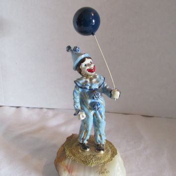 Ron Lee Ceramic blue Clown with balloon on onyx base signed 1983