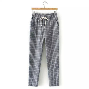 Gray Plaid Drawstring-Waist Pants With Pocket