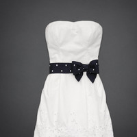 Lovely White Sheath/Column Scoop Neckline Mini Prom Dress with Bowknot