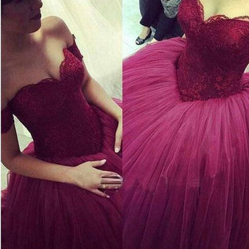 Beautiful Quinceanera Dresses 2016 New Sweetheart Backless Lace Prom Ball Gown Floor Length Long Puffy Dress Tulle Party Gowns