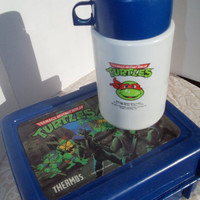 Vintage 1989 Teenage Mutant Ninja Turtle Lunchbox with Thermos