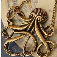 1 X Pirates of the Caribbean Octopus Necklace,retro Necklace