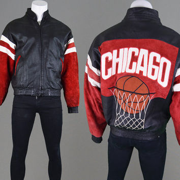 49f024208d2331 Vintage 90s Chicago Leather Basketball Jacket Chicago Bulls Michael Jordan  XL Real Leather NBA Jacket Sportswear