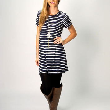 Mylah Sriped T-Shirt Dress: Navy