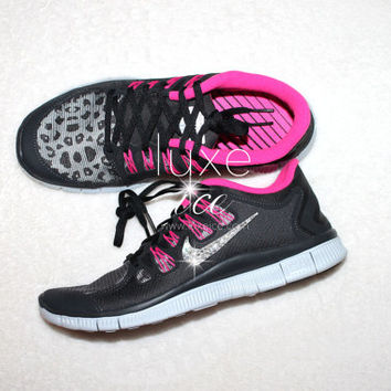 NIKE run free 5.0 running shoes w/Swarovski Crystals detail - Black/pink/white cheetah