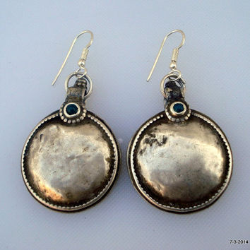 vintage antique tribal old silver earrings disk belly dance jewelry green onyx