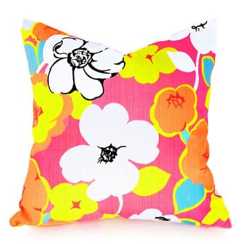 Pink Floral Pillow Covers, Retro Throw Pillows, Pink Orange Yellow White Turquoise, Bubble Gum Pink, 18x18, Sale