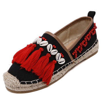Handmade sewing canvas shoes fisherman walking gypsy bohemian boat shoes women tassel shell conch beaded cane loafers trainers