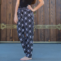 We're Just Getting Started Pants - Black/White
