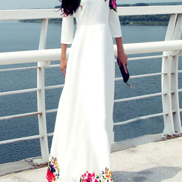 White Floral Print Long Sleeve Maxi Dress