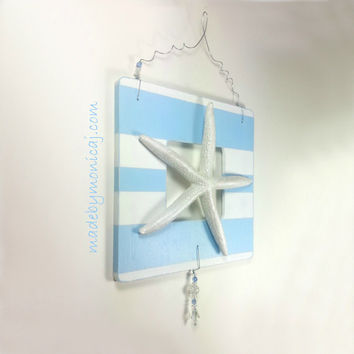 Starfish Beach Wall Hanging Light Blue and White Stripe Wooden Plaque. Distressed Look Beach Decor.