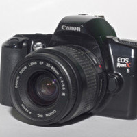 CANON EOS Rebel XS 35mm Film Camera with 35-80MM