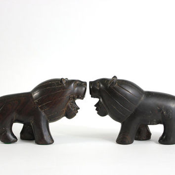 Vintage Wood Lions Hand Carved Wooden African Animals Set 2
