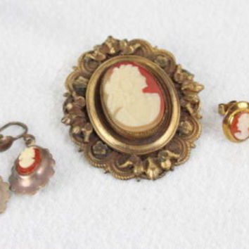 Vintage Cameo Brooch Pin and 2 pair of earrings 1 clip 1 post