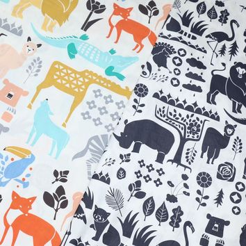 100% cotton twill cloth cartoon color black and white Lion giraffe fox flamingo fabric for DIY bedding cushions apparel quilting