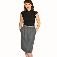Gray pencil skirt. 80s office skirt. Back to school. Mad Men fashion. Size medium. Secretary skirt with belt.