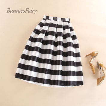 BunniesFairy 2016 Autumn New Women Black and White Horizontal Block Stripe Geometric Print Pleated Midi Skirt for Office Work