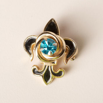 Fluer De Lis Pendant or Brooch with Blue Center Stone