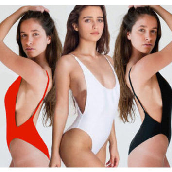 2015 One Piece Swimsuit Deep V Sexy High Cut Backless Swimwear Women Bathing Suits Beachwear Bathing Suits