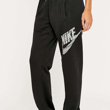 Nike Rally Logo Trousers - Urban Outfitters