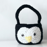Crochet Penguin Easter Basket - Penguin Photo prop - Penguin Basket - crochet Penguin  Photo Prop - Photography Prop Penguin Easter Basket