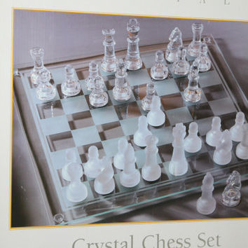 Fifth Avenue Crystal Chess Set, Complete, All pieces, Box Included w Packaging Material, Look at Pictures, Board Games, Strategy Games, FUN