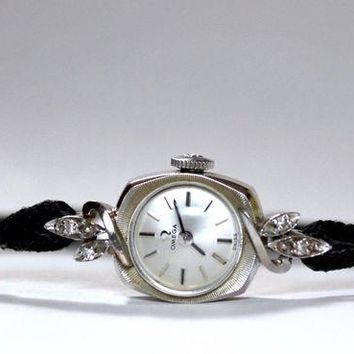 VOND4H Vintage 14K White Gold & Diamonds Ladies Omega Black Band Cocktail Wrist Watch