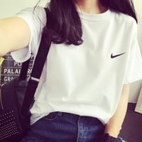 Nike Jeans Round-neck Short-sleeve T-shirt