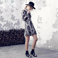 Black Long Sleeve Lace Embroidered Backless Dress