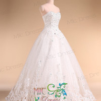 Sweetheart tulle with appliques wedding dresses