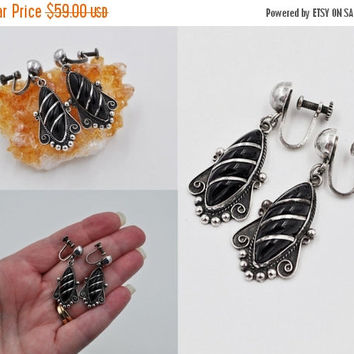 ON SALE Vintage Mexico Sterling Silver Onyx Dangle Earrings, Early Mexican, Screw Back, Real Guad Mex, Beaded, 1940s, Muy Bonita! #b585