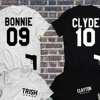 SPECIAL EDITION Bonnie & Clyde t-shirts with guns, Bonnie Clyde set of matching shirts for couples, Pärchen-T-shirt, couple jerseys