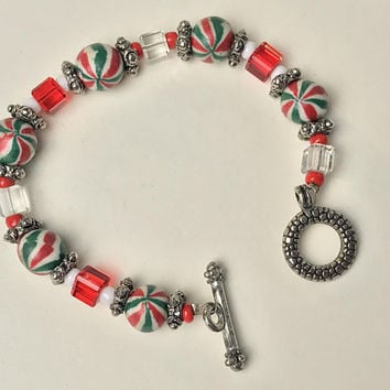 Beaded Holiday Bracelet / Red Green Christmas Jewelry / Candy Stripe Peppermint Beads / Red Clear Silver Spacer Beads / Stocking Stuffers