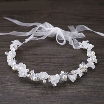 Beads Flower Wedding Veil Bridal Head wear for Beach Wedding Pearls Flowers Crystals bridal veil with ribbon wedding accessories