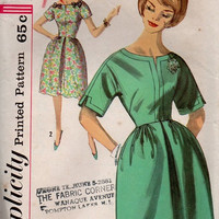 Simplicity 60s Tea Dress Sewing Pattern Kimono Sleeves Full Front Pleat Skirt Mad Men Style Retro Fashion Bust 32