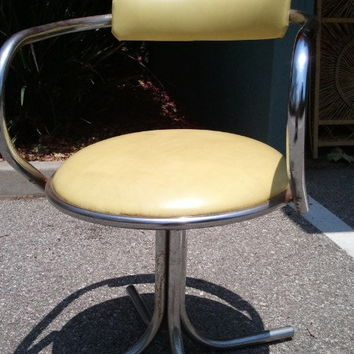Vintage 1970's Cool Chrome Chair