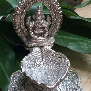 Diwali - Lord Ganesha Diya  -  Indian Weddings, Parties, Baby showers