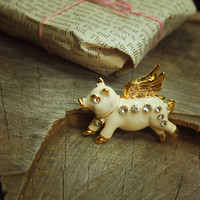 Flying Pig Brooch #5113
