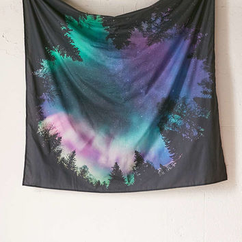 4040 Locust Northern Lights Tapestry - Urban Outfitters