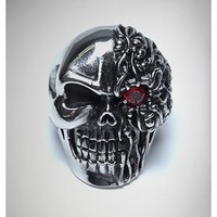 One Red Eye Skull Ring