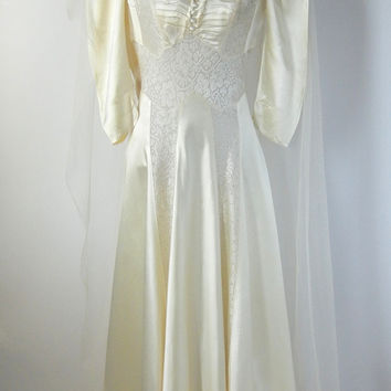Vintage 1930s Liquid Satin Ivory Wedding Gown with Head Piece & Veil, Small